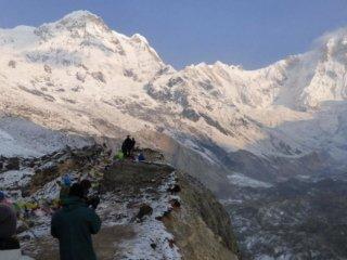 Nepal Trekking Annapurna BC Randkluft