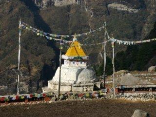 Nepal Trekking Mera-Peak Trek Stupa