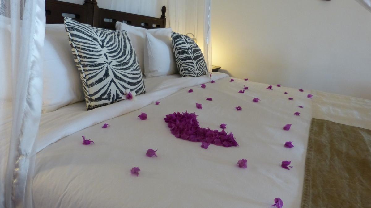 Hotel-Gemma-de-L-Est-Room1
