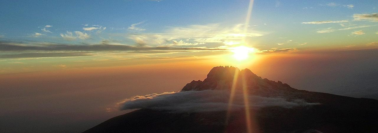 Gipfelerfolg am Kilimanjaro