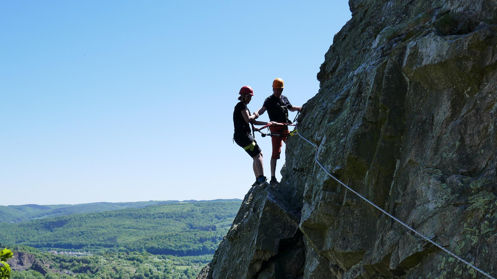 Klettersteig Bandschlinge : Klettersteigkurs im mittelgebirge daks deutsche alpin kletterschule