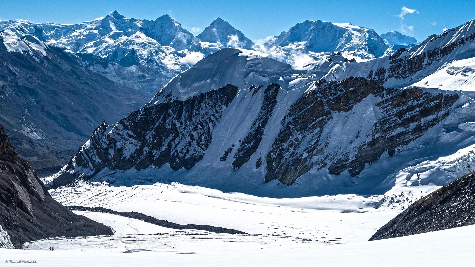 Saribung Peak Nepal