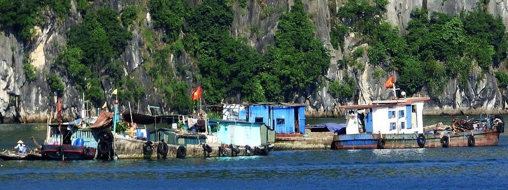 Halong schwimmendes Dorf